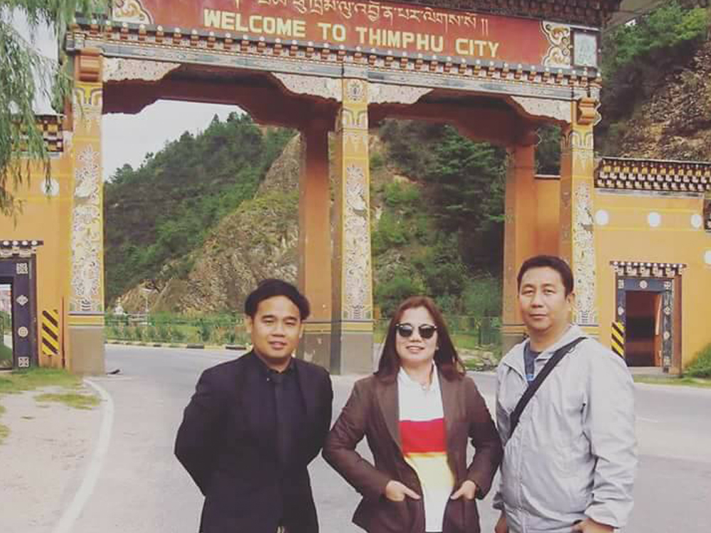 Mr. Regie in Bhutan together with IACE officials